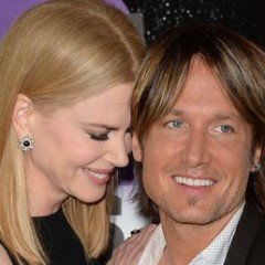 Nicole Kidman & Keith Urban Text Each Other What?