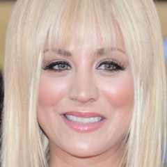 10 Celebs Who Look Horrible With Bangs