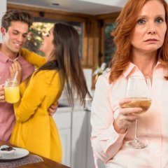 Signs Your Mother-in-Law Doesn't Like You