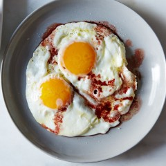 11 Different Ways to Use Fried Eggs