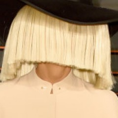Sia Shows Her Face at Oscar After Parties