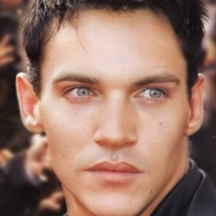 Jonathan Rhys Meyers Apologizes For Relapse