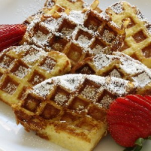 Make Your Mornings Even Better With French Toast Waffles
