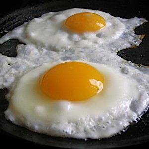 Apparently There Are Exactly 6 Ways To Fry An Egg