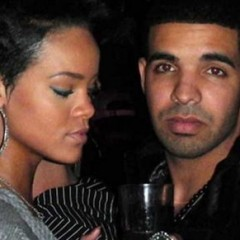 Looks Like Rihanna & Drake Are Back Together