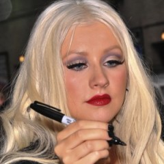 Christina Aguilera Throws A Fit Over Bar Tab