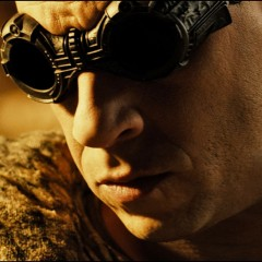 'Riddick' Tangles With A Nasty Beast