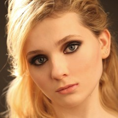 Abigail Breslin Is All Grown Up