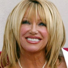 Suzanne Somers Schools Miley Cyrus In Best Possible Way